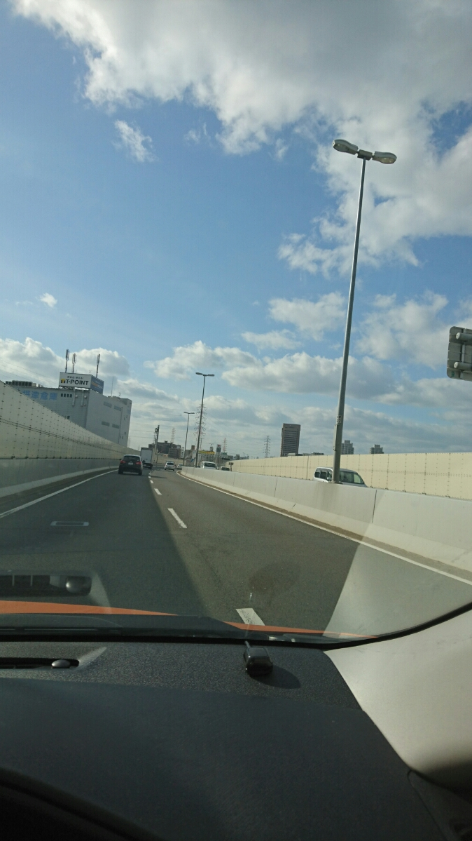 阪神高速にて一路神戸へ
